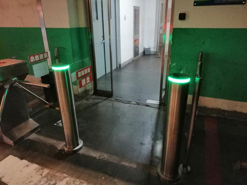 圆柱摆闸案例——北京
